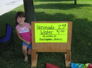 kid & sign